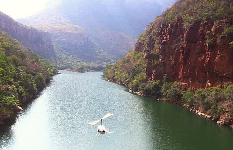 Blyde-River-Canyon-Helicopter-Sightseeing-Tour-big.jpg