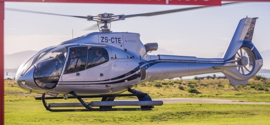Exclusive Helicopter Tour and Shark Dive in Cape Town-7