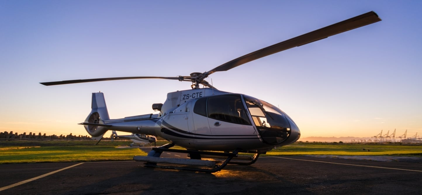 Exclusive Helicopter Tour and Shark Dive in Cape Town-9