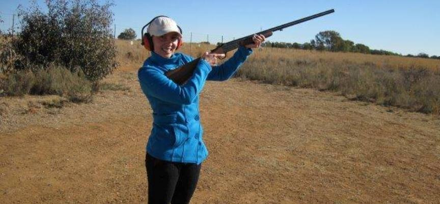Clay Pigeon Shooting Experience in Parys-1