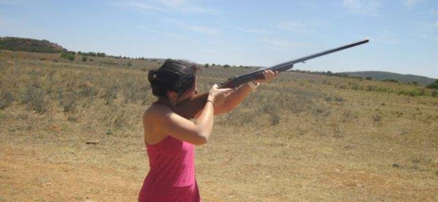 Clay Pigeon Shooting Experience in Parys-3