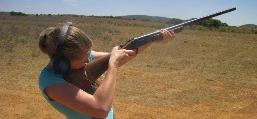 Clay Pigeon Shooting Experience in Parys-2