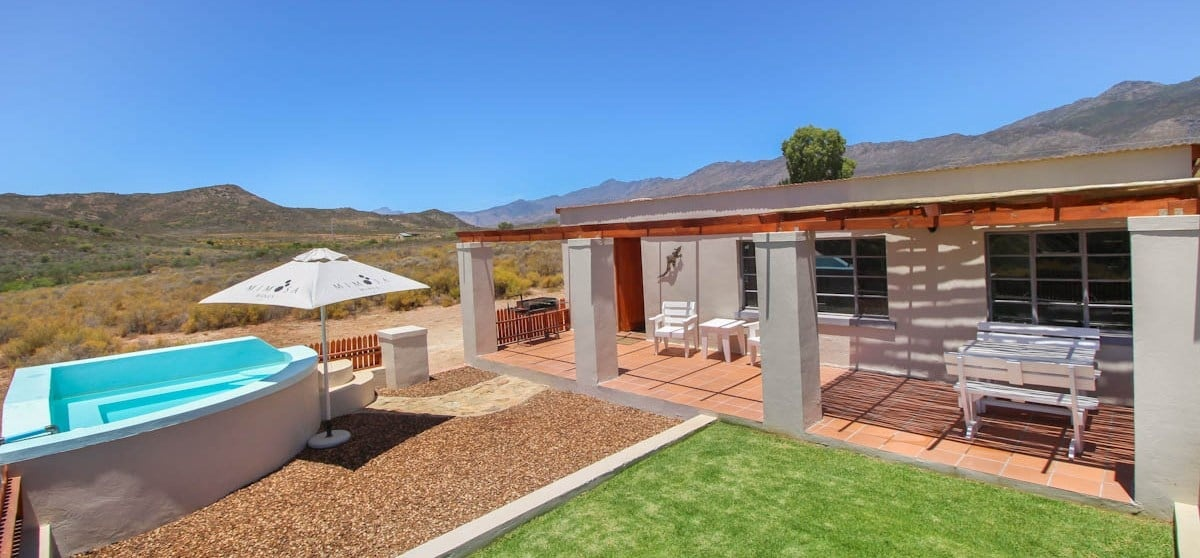 Overnight Cottage Break For Two in Montagu Western Cape-3