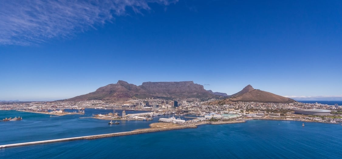 Exclusive Helicopter Tour and Shark Dive in Cape Town-3