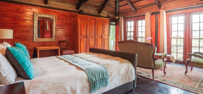 Lakeside Lodge Overnight Break For Two in Franschhoek-2