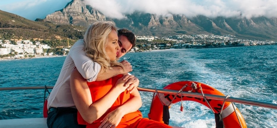 Private Couples Lunch or Dinner Cruise in Cape Town-1