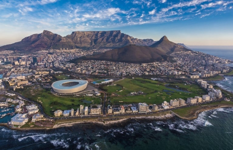 Two-Oceans-Scenic-Helicopter-Flight-in-Cape-Town-big.jpg